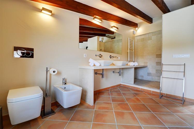 Villa, Portocolom