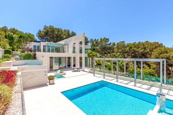 Spektakuläre Neubau Designer-Villa mit Meerblick in Sol de Mallorca